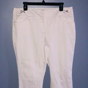 GUC 7th Avenue New York & Company Cropped Capri 14